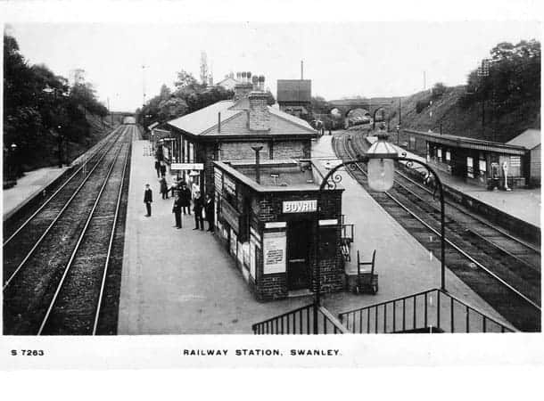 black & white image of Swanley Railway Station